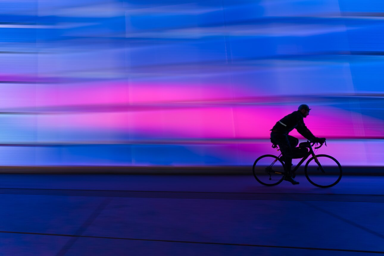 silhouette-of-person-riding-on-commuter-bike-623919.thumb.jpg.5db89d887937f83e38181e4479ee86f6.jpg